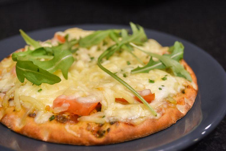 Mini pizza Hawaii